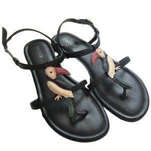 TORRID Black Flat Sandals with Toucan 9W